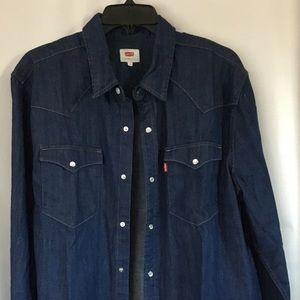 Levi's Blue Denim LT Shirt Size 42 - 44